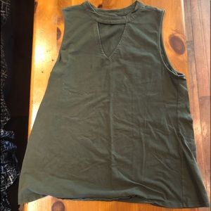 Torrid dark green sleeveless shirt